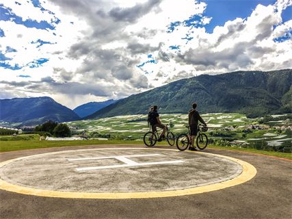 E-BIKE TOUR AL LAGO DI TOVEL